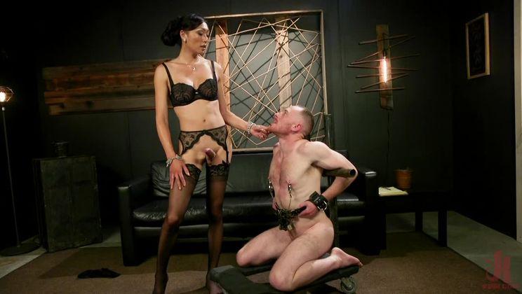 Obedient Boy: Venus Lux Torments & Fucks Her Delivery Boy