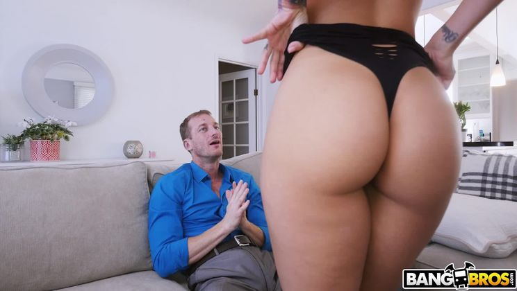 Sexy Escort With A Great Body Gets A Creampie