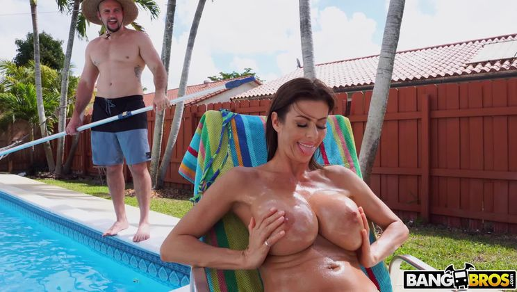 Alexis Fawx Squirts On Pool Guy