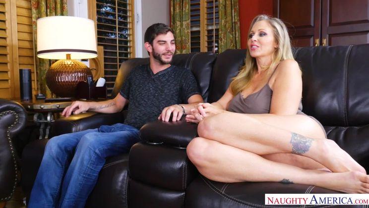 Julia Ann,Logan Long My Friend's Hot Mom